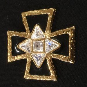 ST JOHN Jewelry - ST JOHN BROACH/ PENDENT